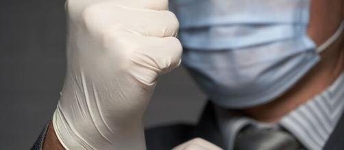 Las medidas protectoras para luchar contra el coronavirus están creando dudas en la ciudadanía