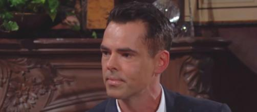 Young and Restless star Jason Thompson revealed that he wouldn't want to be the CBS and Sony executives' shoes. [Image Source: CBS/YouTube]