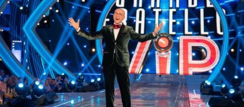 Grande Fratello Vip, Alfonso Signorini: 'Il reality-show inizierà a settembre'.