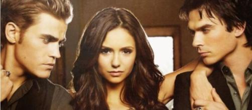 Nina Dobrev deu vida a personagem de Elena na trama. (Reprodução/The CW/Warner Bros.)
