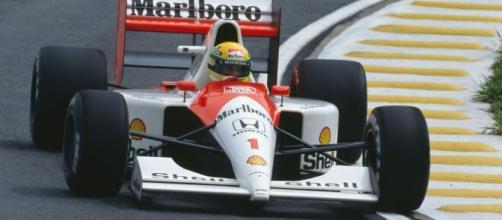Senna lutou até o fim para vencer em casa. (Arquivo Blasting News)