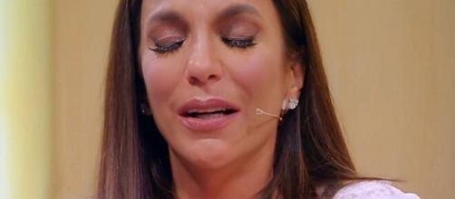 Cantora Ivete Sangalo se emociona em live ao falar de seus pais e de seu irmão já falecidos. (Arquivo Blasting News)