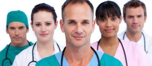 Médicos, enfermeros, farmacéuticos y veterinarios rechazan las ... - noticiasciudadreal.com
