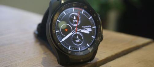 Ticwatch Pro: recensione dello smartwatch.