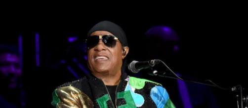 5 curiosità interessanti su Stevie Wonder: ha partecipato al Festival di Sanremo.