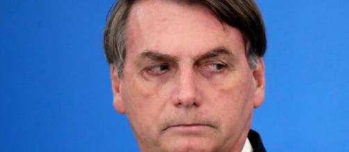 Bolsonaro afirma lamentar as mortes por Covid-19 ocorridas no Brasil. ( Arquivo Blasting News )