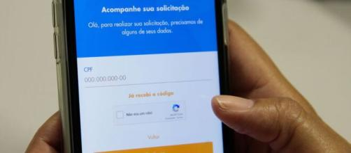 Governo diz que está apurando se militares ganharam os R$ 600. (Arquivo Blasting News)