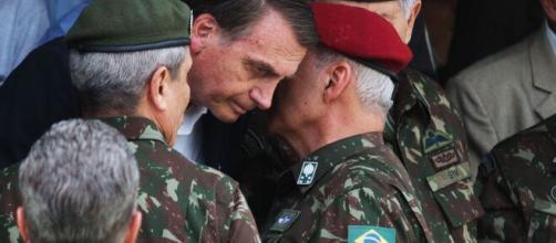 Militares receberam auxílio emergencial do governo ilegalmente. (Arquivo Blasting News)