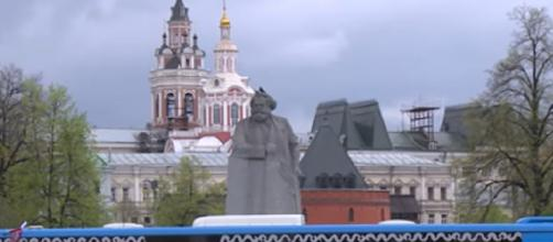 Russia marks 75th anniversary of World War II victory over Nazi Germany. [Image source/DW News YouTube video]