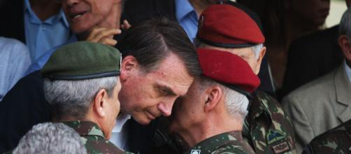 Bolsonaro afirmou que quem recebeu o benefício de forma indevida será punido. (Arquivo Blasting News)