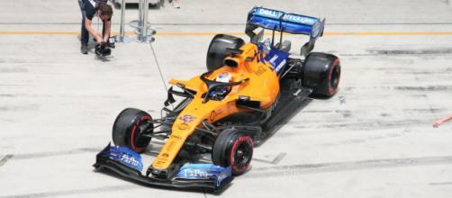 Carlos Sainz Jr. nel 2021 potrebbe passare dalla McLaren alla Ferrari.