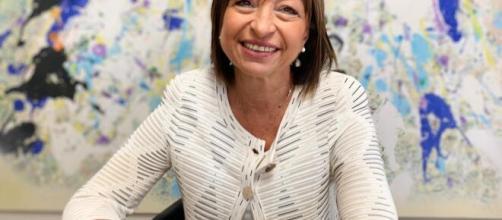 Donatella Tesei, presidente della Regione Umbria, critica l'indice di contagio Rt.
