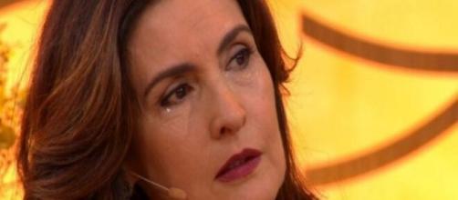Durante o programa 'Encontro' Fátima Bernardes lamenta morte de convidado que morreu por coronavírus. (Reprodução/TV Globo)