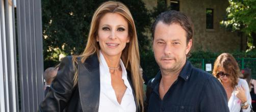 Roberto Parli smentisce le voci su una presunta crisi con Adriana Volpe.