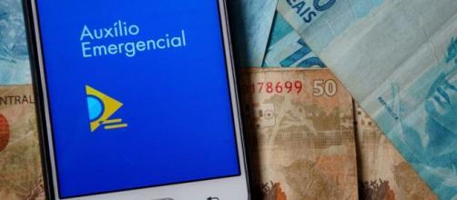 Governo estudo prorrogar as parcelas do auxílio emergencial de R$ 600. (Arquivo Blasting News)