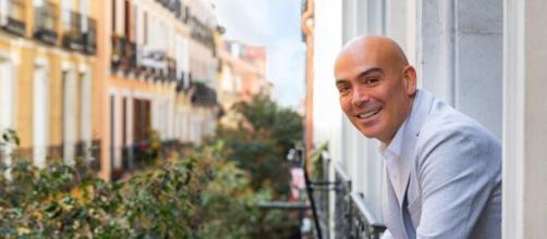 Kike Sarasola, el empresario que cedió un aparthotel a Ayuso para pasar la crisis del coronavirus