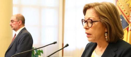 Pilar Ventura presentando su dimisión