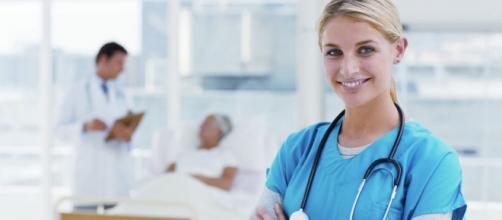 Assunzioni per 9.600 infermieri e 1.200 assistenti sociali