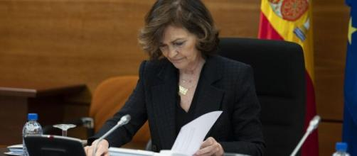 La vicepresidenta, Carmen Calvo, intenta cerrar con tiempo los apoyos para la nueva prórroga.