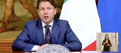 Reddito di emergenza da 400 a 800 euro approvato ieri con il decreto Rilancio.
