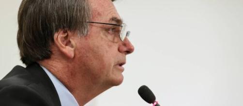 Bolsonaro barra motoristas de aplicativo e outras categorias em projeto de lei do auxílio emergencial. (Arquivo Blasting News)