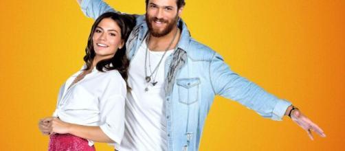 Can Yaman e Demet Özdemir: arriva il promo di DayDreamer - Le ali del sogno su Canale 5