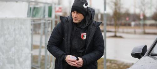 Heiko Herrlich no podrá hacer su debut con el Augsburgo en la Bundesliga. - archyde.com