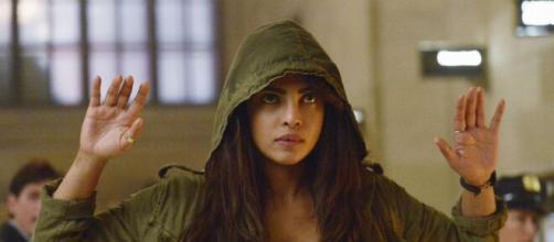 """Priyanka Chopra interpreta Alex Parrish, na série """"Quantico"""" e é do signo de gêmeos. (Divulgação: Rede Globo)"""