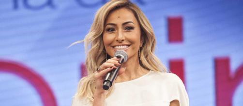 Record anuncia que reality show de Sabrina Sato voltará à programação da emissora. (Arquivo Blasting News)