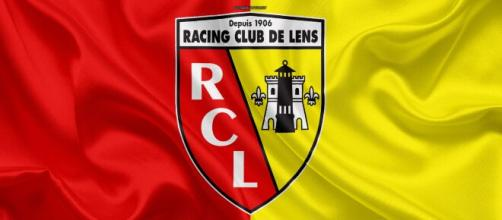 Download wallpapers RC Lens, 4k, silk texture, logo, red yellow ... - besthqwallpapers.com