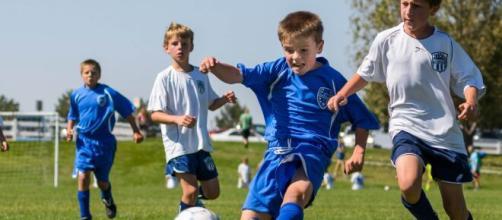 El futbol desarrolla aspectos técnicos y cognitivos en los niños