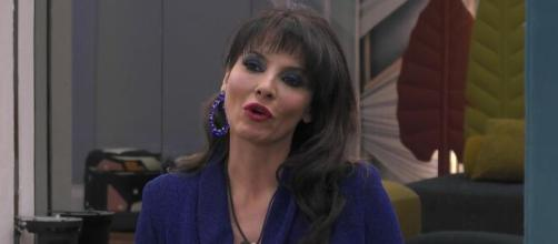 Miriana Trevisan chiarisce la situazione con Pago: 'Solo un gentile rapporto'.
