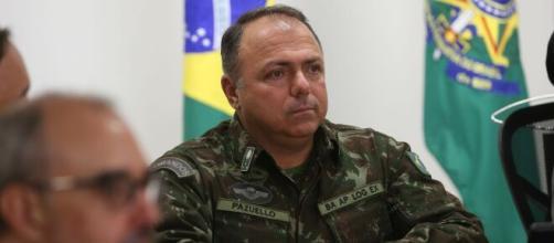 Na falta de Teich e de um nome para assumir o Ministério da Saúde, Pazuello se torna o novo ministro interino. (Arquivo Blasting News)