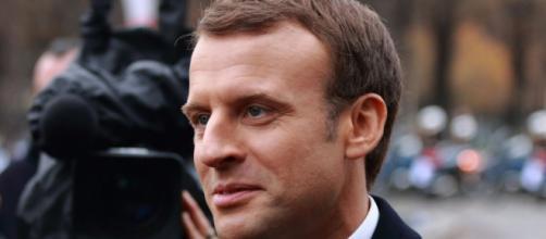 Le président Macron réfléchit à une sortie de crise du COVID 19. © Rémi Jouan, CC-BY-SA, GNU Free Documentation License, Wikimedia Commons