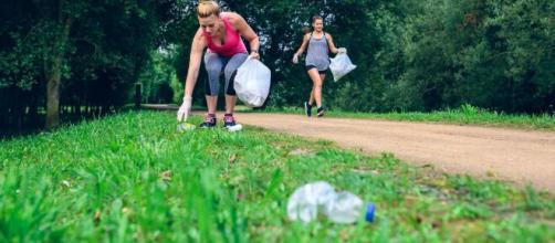 Plogging México, el movimiento eco-amigable de recoger basura