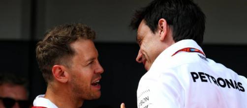Vettel e la suggestione Mercedes, Toto Wolff: 'È una possibile variante per il 2021'
