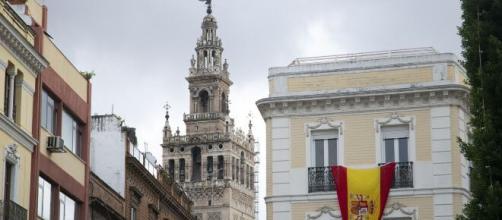"""Vox fomenta la """"guerra de los balcones""""."""