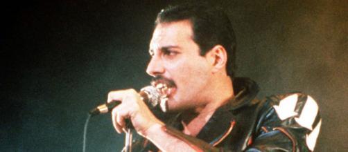 Brian May revela secreto sobre el cantante Freddie Mercury en sus últimos días de vida.