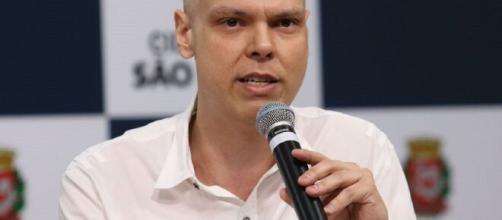 Bruno Covas, prefeito de São Paulo, decide antecipar feriados para estimular isolamento social. (Rovena Rosa/Agência Brasil)
