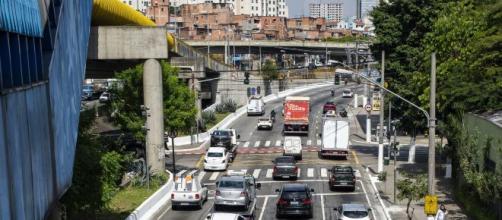 """Bruno Covas suspende """"megarrodizío"""" e volta às regras antigas para São Paulo. ( Arquivo Blasting News )"""