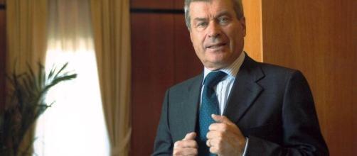 Il presidente di Confcommercio Carlo Sangalli: 'Pandemia potrebbe causa danni permanenti all'economia'