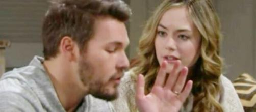 Beautiful, trame americane: Hope sacrifica le nozze con Liam per il bene di Douglas.