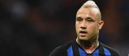 Nainggolan potrebbe tornare all'Inter per restarci.