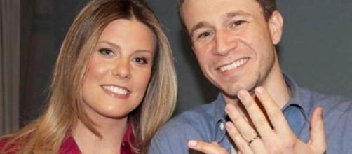 Leifert e a esposa estão 'grávidos' do 1º filho do casal. (Foto: Instagram).