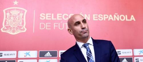 Luis Rubiales es presidente de la Real Federación Española de Fútbol y vicepresidente de UEFA - standard.co.uk