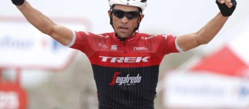 Alberto Contador ha indicato Egan Bernal e Nairo Quintana tra i principali favoriti per il Tour de France.
