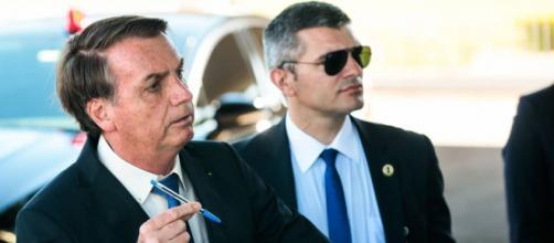 Bolsonaro anuncia novo protocolo para uso de cloroquina e faz piada sobre o assunto. (Arquivo Blasting News)