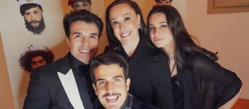 Filhos de Cláudia Raia, juntamente com a atriz e Jarbas Homem de Mello foram diagnosticados com coronavírus. (Arquivo Blasting News)