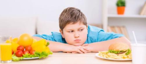 Los niños obesos comen para satisfacer sus emociones
