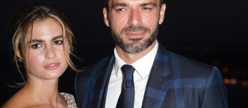 Luca Argentero e Cristina Marino presentano la loro prima figlia: si chiama Nina Speranza.